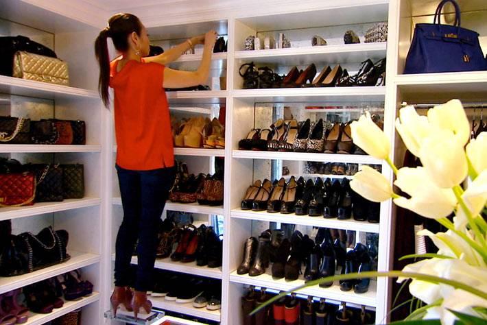 Стеллажи для обуви и гардероба фото