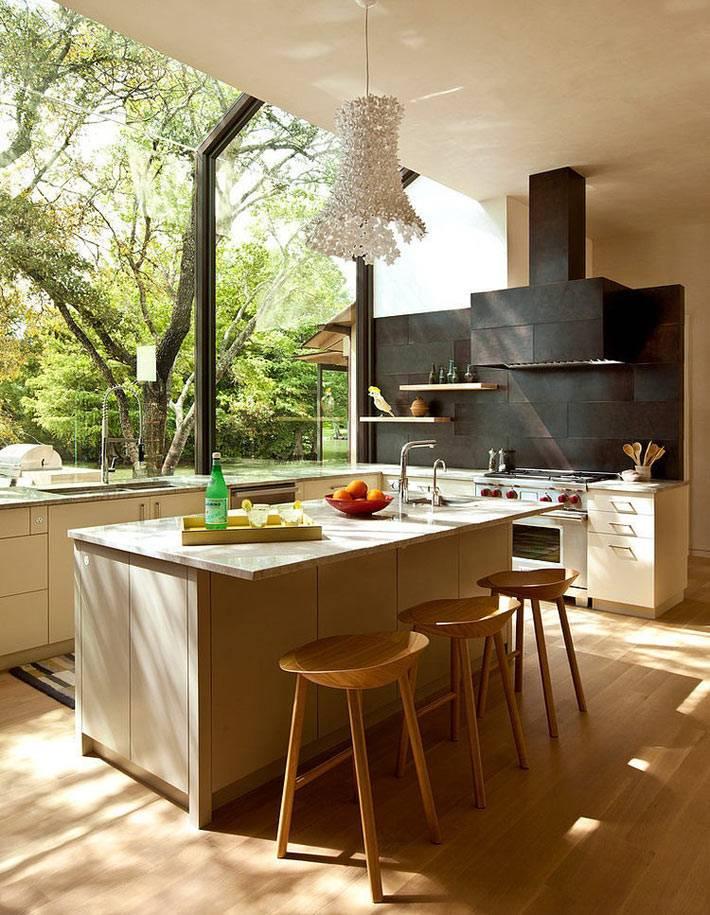 красивый дом с видом на природу фото