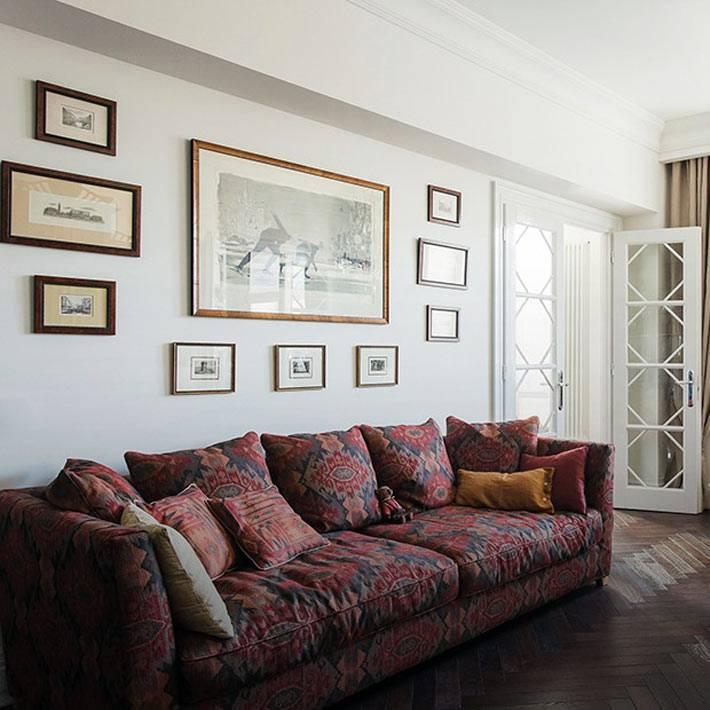 старая мебель в интерьере московской квартире фото