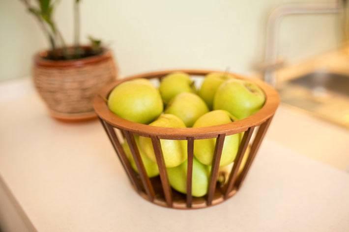 деревянный декор в интерьере кухни фото