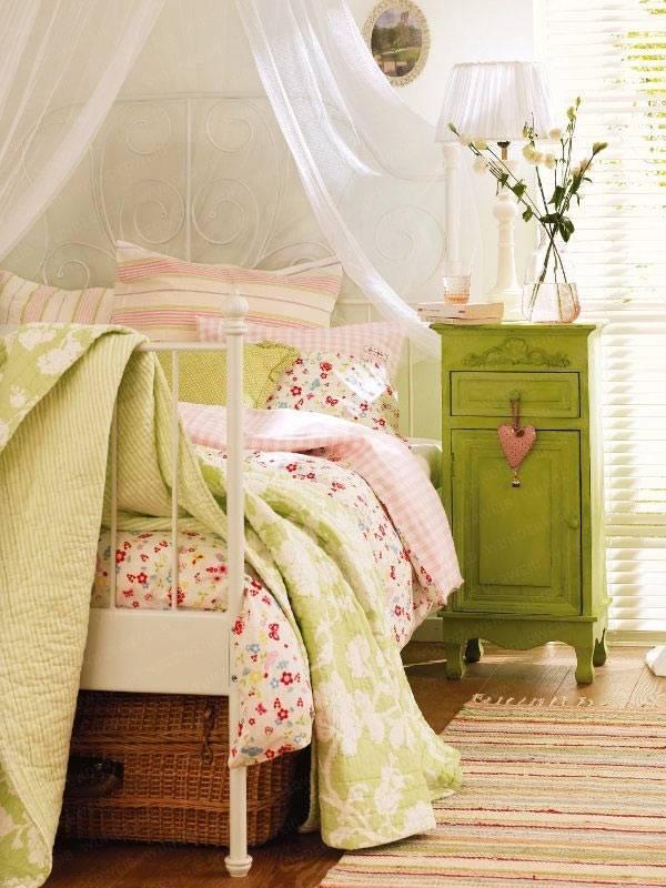 балдахин для романтической спальни фото