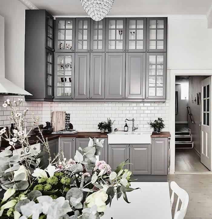серый цвет в интерьере кухни фото