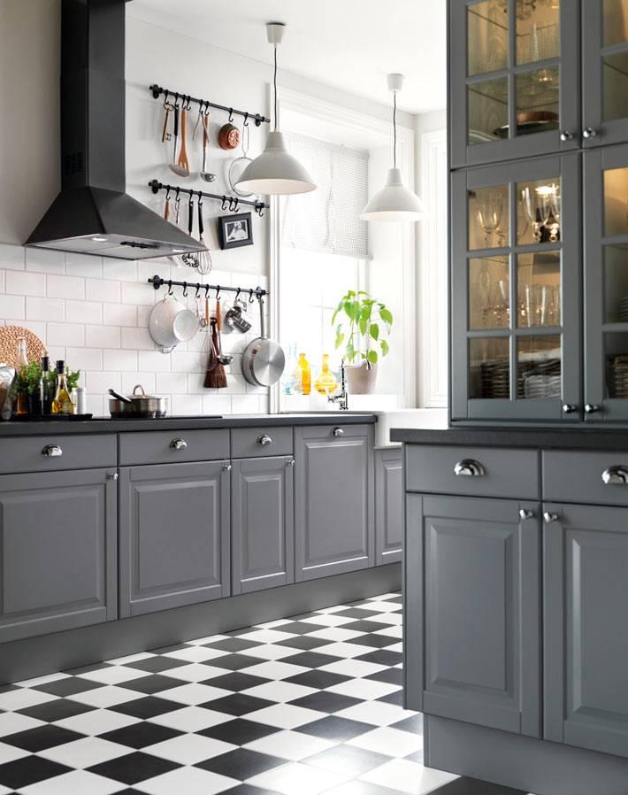 Сочетание серого и белого цвета в интерьере кухни