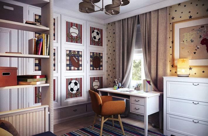 интерьер комнаты мальчика с футбольной тематикой
