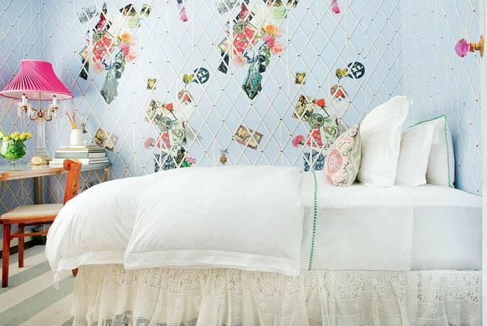 интерьер комнаты подростка девочки с голубыми обоями фото