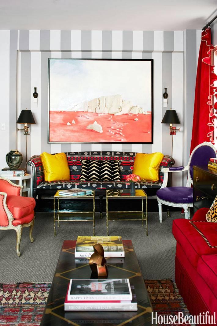 смелый дизайн интерьера дома на манхеттене