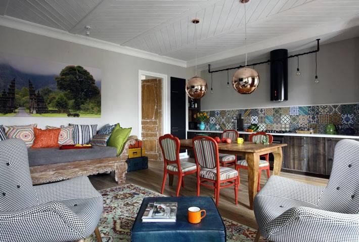 смешение стилей в интерьере красивой квартиры