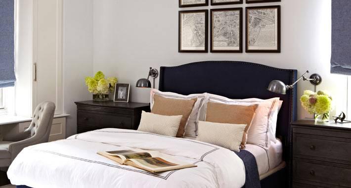 географическая карта над кроватью в спальне фото