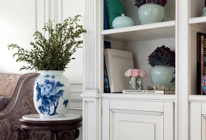 изысканный декор дома - ваза с китайской росписью