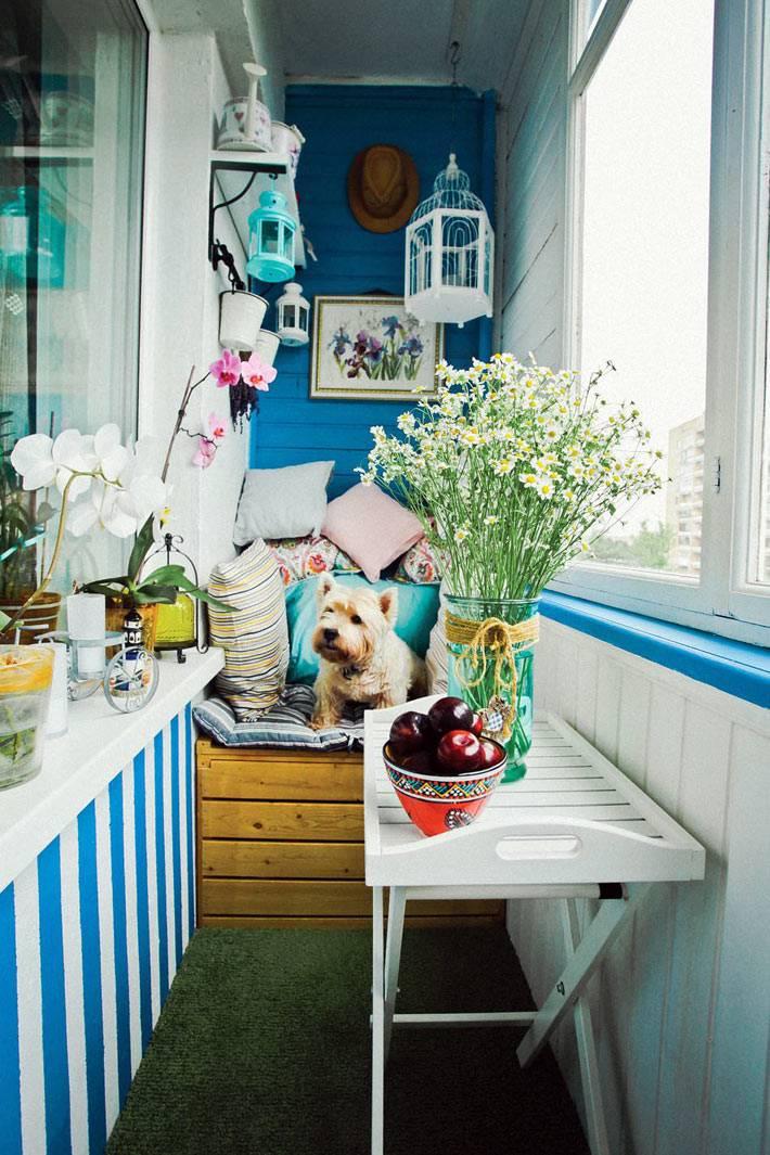 красивый летний декор небольшого балкона фото