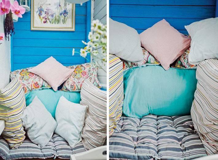декоративные подушки в дизайне балкона фото