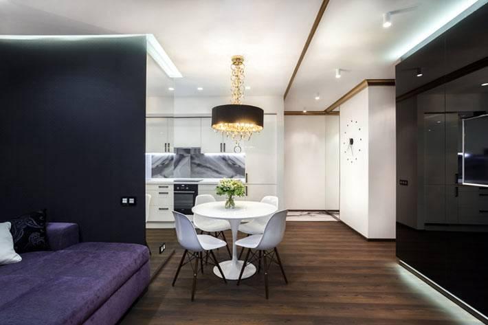 черные и белые стены в интерьере квартиры фото