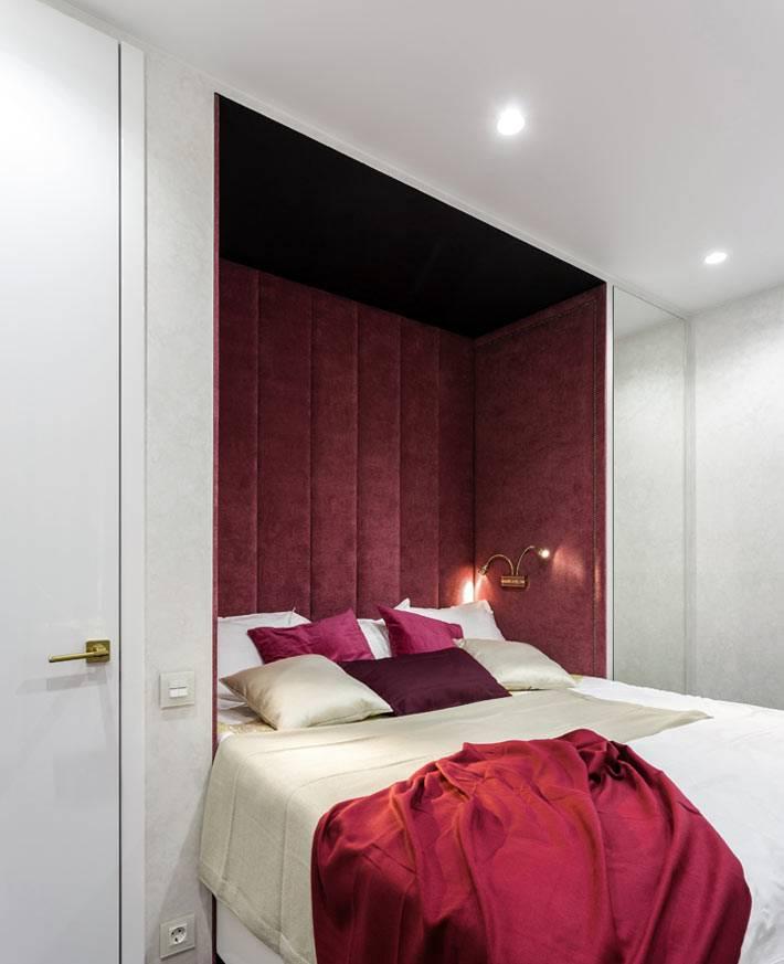 бардовый цвет в дизайне спальни фото