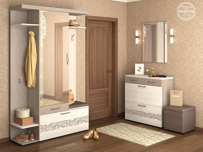 DaVita представляет готовые комплекты мебели для прихожей