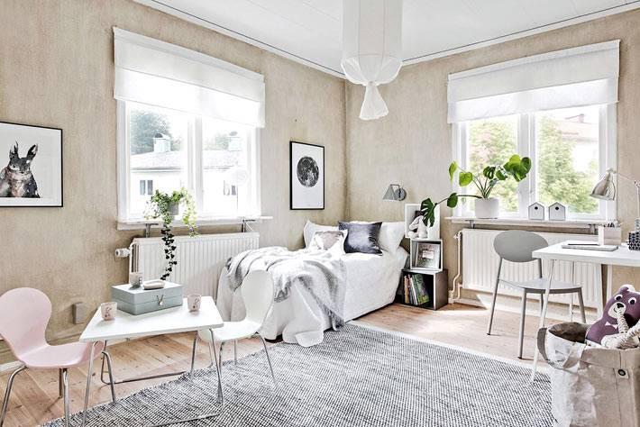 пастельный бежевый и белый в интерьере детской комнаты фото