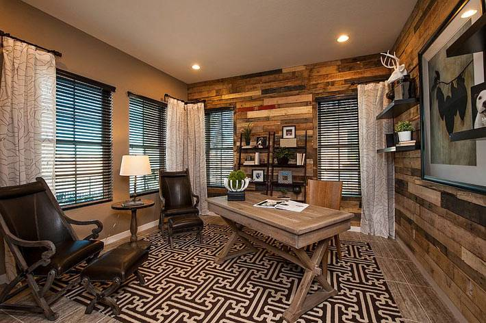 Использование дерева в дизайне интерьера домашнего кабинета для работы