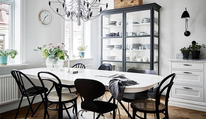 дизайн столовой в скандинавском стиле в черно-белом исполнении