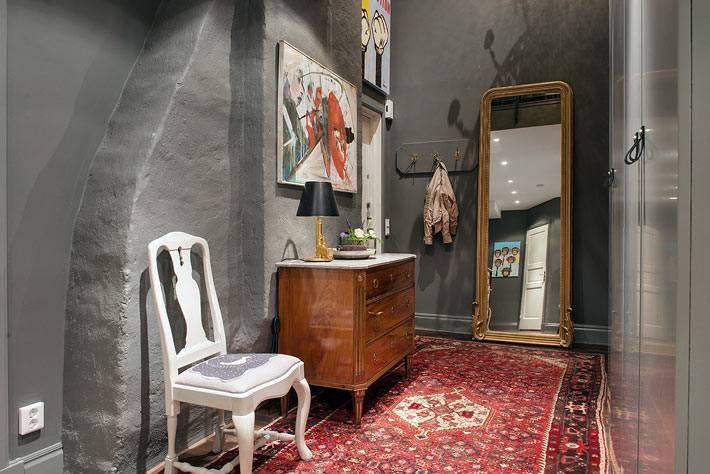 индустриальный стиль в дизайне прихожей со штукатуркой на стенах фото