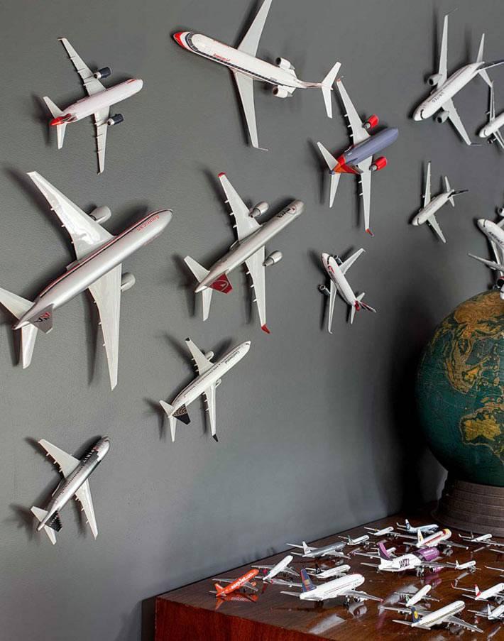 декор стен из самолетиков фото