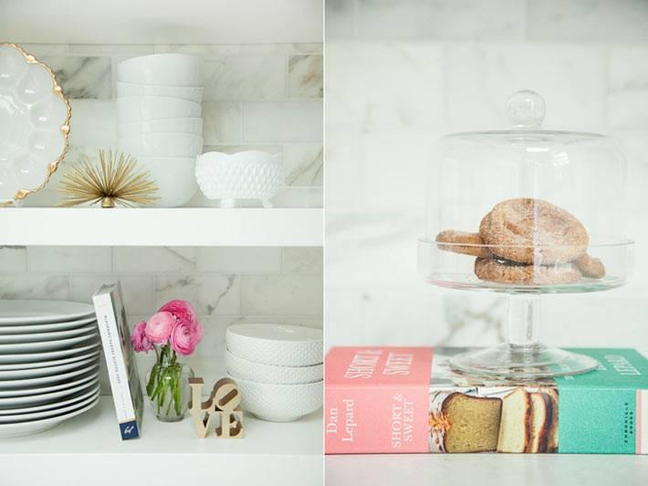 декоративные элементы и белая посуда в интерьере кухни