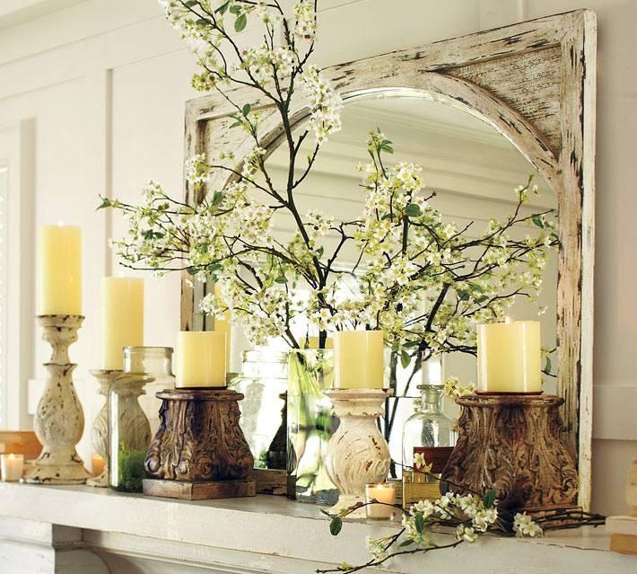 много свечей на каминной полке фото