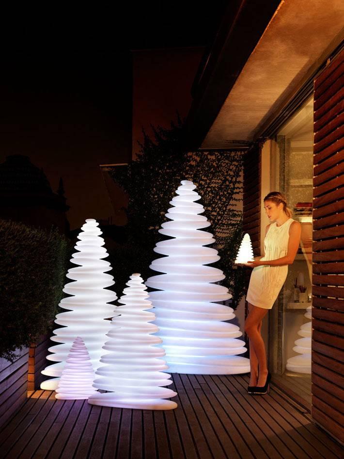 стильные электрические елки в новогоднем интерьере