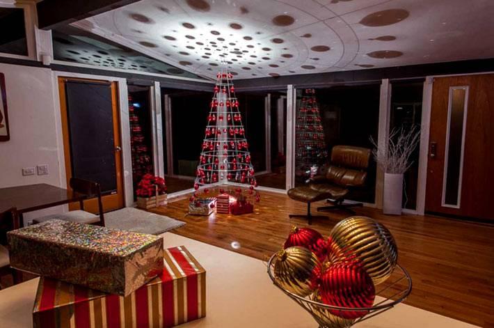 красивая альтернатива обычной новогодней елки с красными шарами