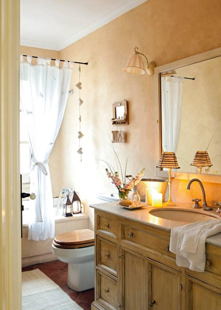 уютный интерьер ванной комнаты в бежевых тонах
