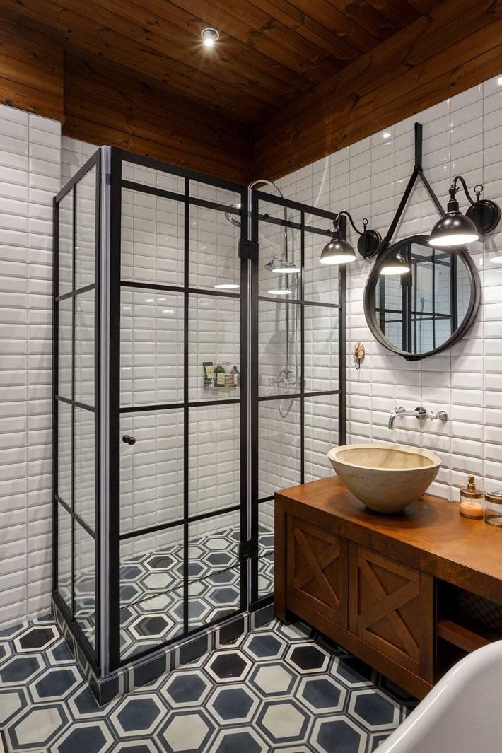 стеклянная перегородка душевой кабины в ванной комнаты фото