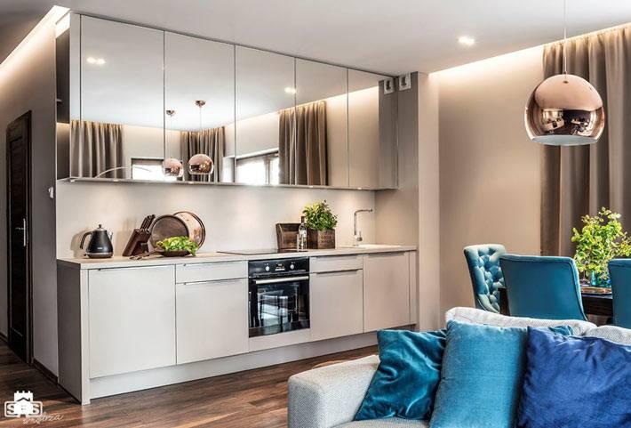 Кухня, совмещенная с гостиной комнатой в квартире фото