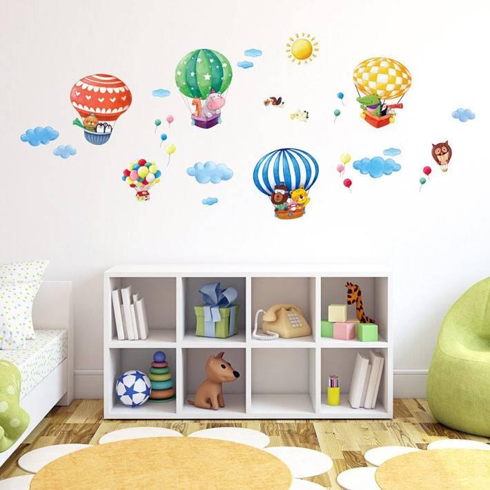 разноцветные воздушные шары-наклейки для детей