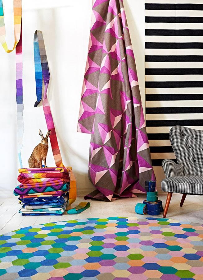 текстиль с красочными узорами от Fenton&Fenton фото