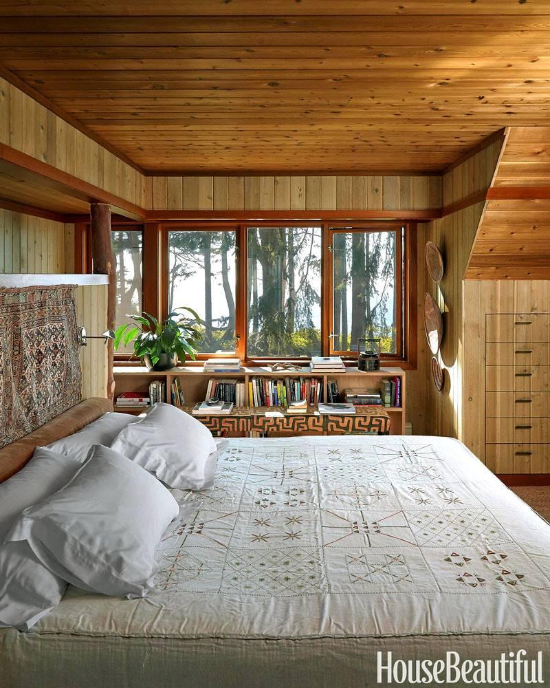 Деревянный дизайн спальни с видом на океан фото