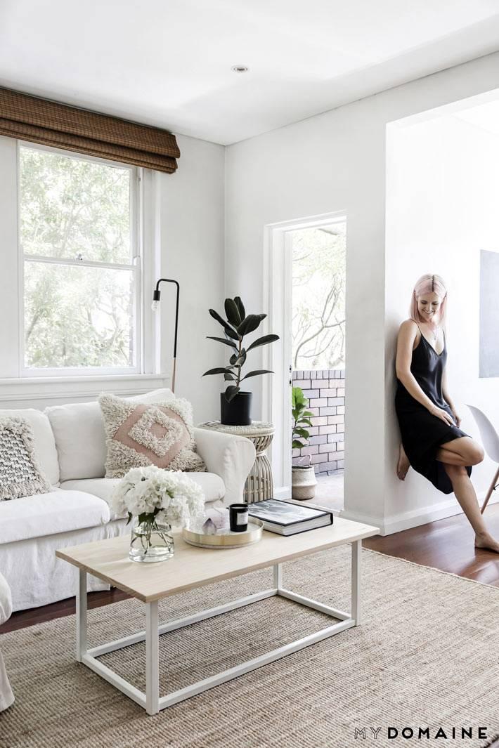 монохромный интерьер - дом в белом цвете