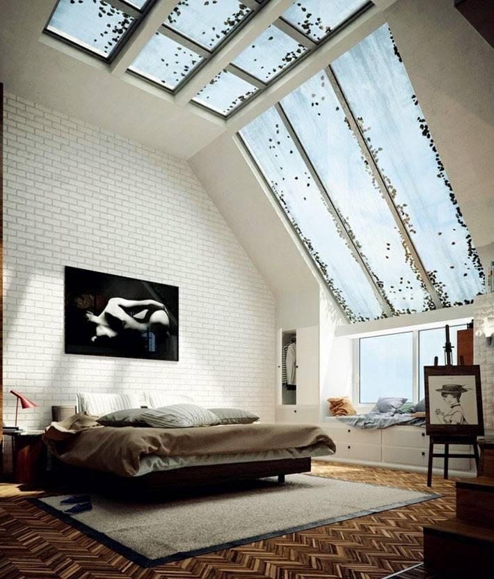 Красивая спальня с мансардными окнами фото