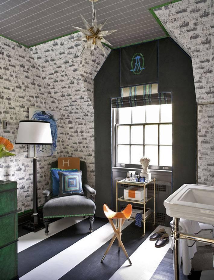 Полосатый черно-белый пол в интерьере современной ванной фото