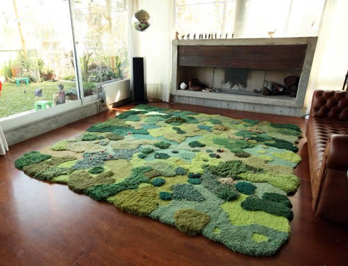 зеленый ковер для дома, сделанный под ландшафт