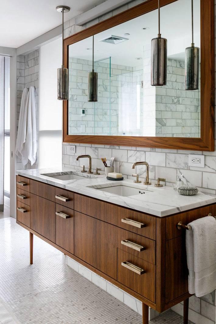 Деревянная мебель для двух раковин в одной ванной фото