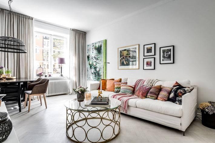дизайн гостиной комнаты в спокойных серых тонах фото