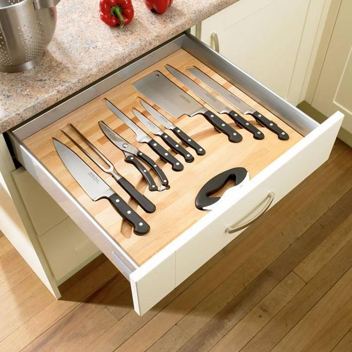 Отдельный ящик для хранения ножей разного размера