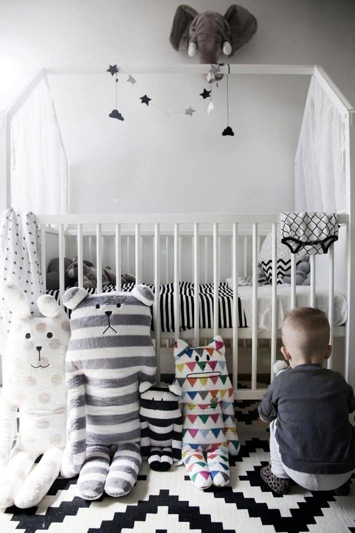 монохромный дизайн детской комнаты фото