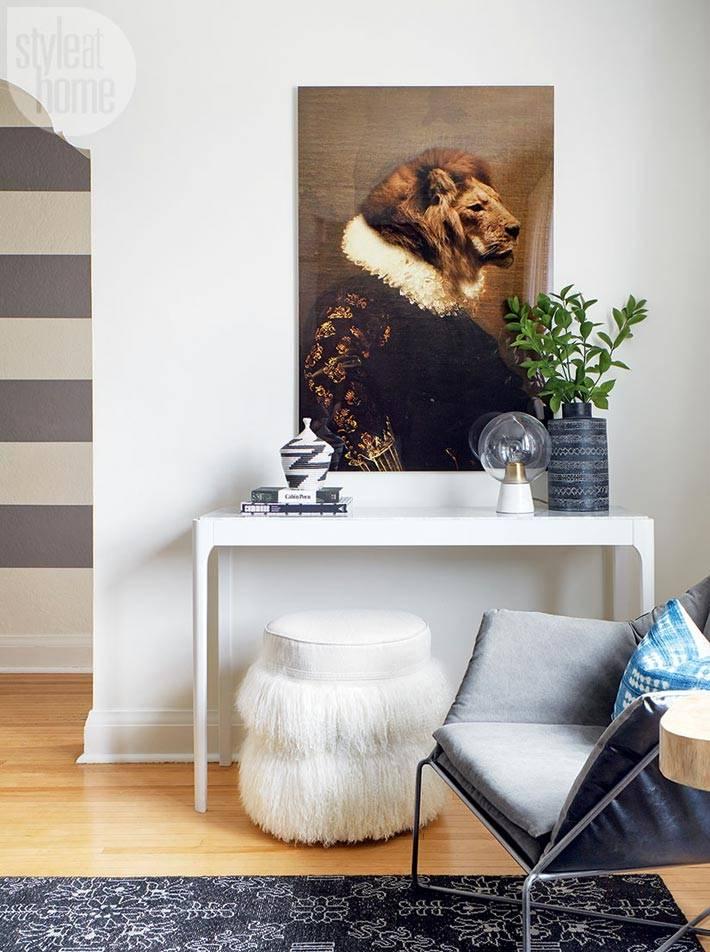оригинальная картина-портрет на стене дома фото