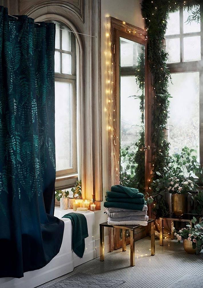 гирлянды и свечи в дизайне ванной комнаты фото