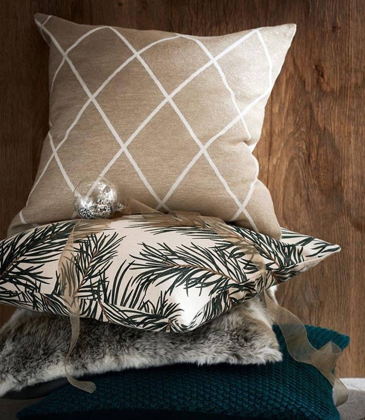 декоративные подушки с новогодними наволочками фото