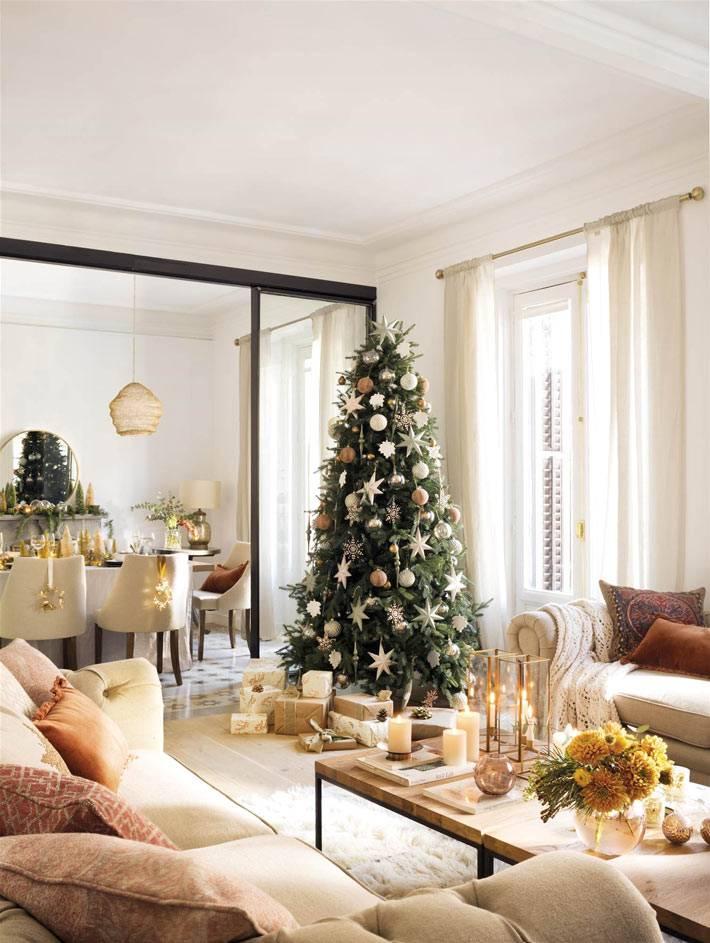 украшение интерьера дома золотым цветом фото