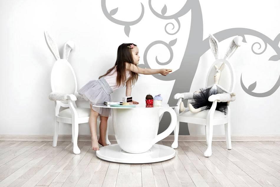 белая детская мебель в сказочном стиле фото