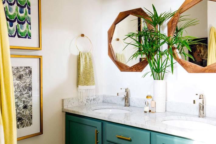 геометрическая форма деревянной рамы зеркала для ванной