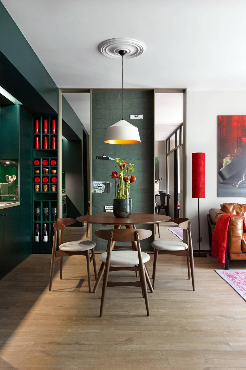 темно-зеленый цвет в интерьере однокомнатной квартиры-студии фото