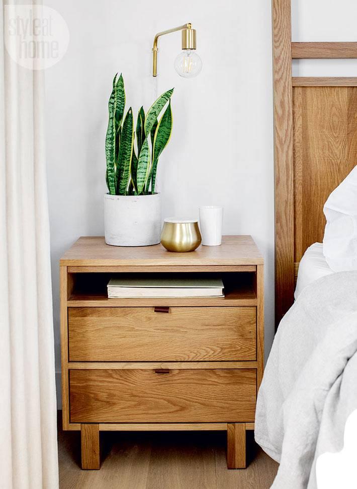 прикроватная тумба в едином стиле с кроватью фото
