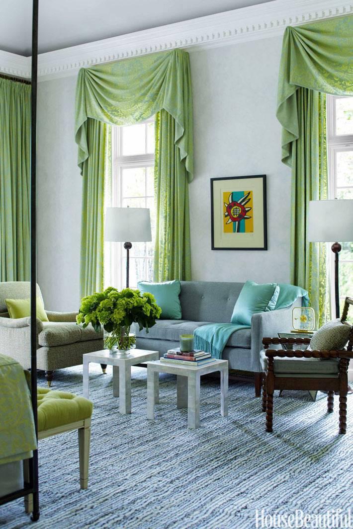 зеленые шторы с ламбрекеном для спальни фото